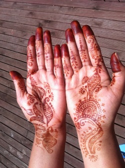 Henna Artists for Hire